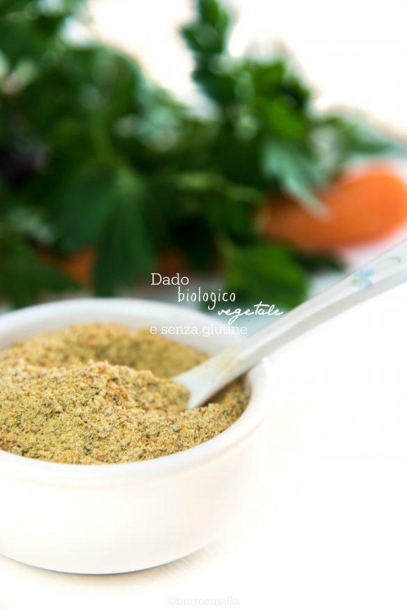 dado biologico vegetale granulare fatto con ingredienti scelti e senza glutammato