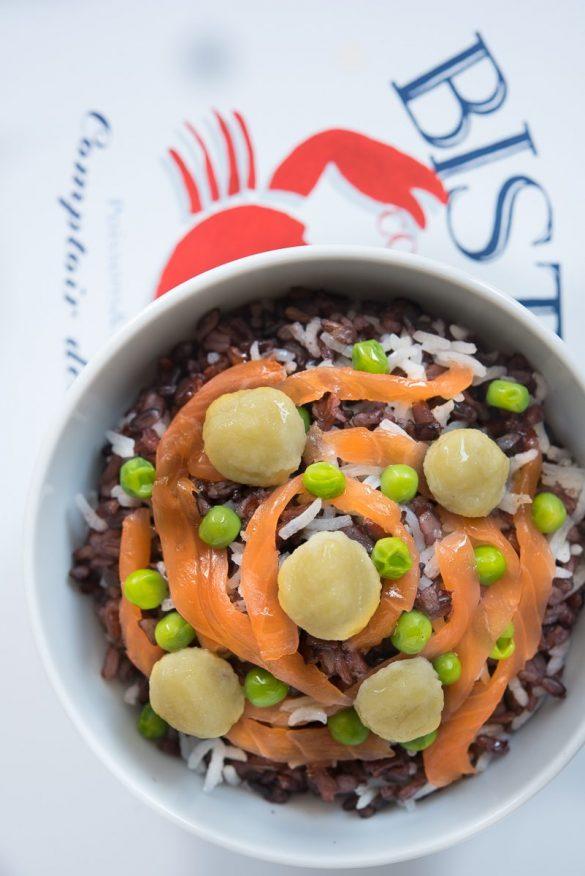 Insalata ai tre risi con salmone, Tabasco e perle di ricotta
